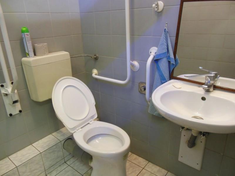 p es bari ry ve ejn wc metro wc metro a dejvick. Black Bedroom Furniture Sets. Home Design Ideas